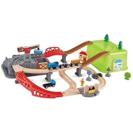 Купить Игровой набор Hape «Железнодорожный строительный комплекс»