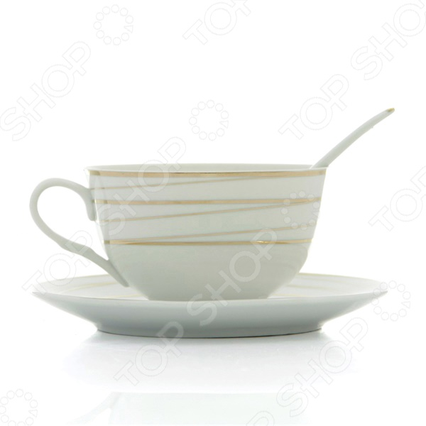 Чашка чайная с блюдцем и ложкой Elan Gallery Золотые полоски выполнена из экологически чистого материала, который сохраняет природный вкус продуктов, а так же натуральные свойства всех напитков. Кроме того чашка обладает низкой теплопроводностью, поэтому вода в течении длительного времени остается горячей. Красивый и элегантный дизайн сделает процесс чаепития еще более приятным и обязательно поднимет настроение.