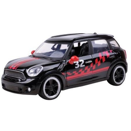 Модель автомобиля 1:24 Motormax MINI COOPER S Countryman GT Racing