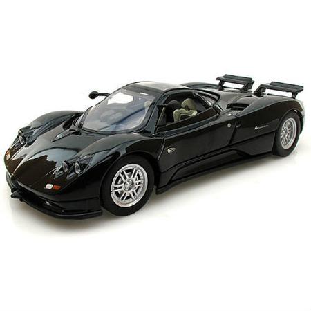 Модель автомобиля 1:24 Motormax Pagani Zonda C12. В ассортименте
