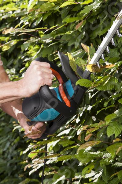 Ножницы для живой изгороди Gardena ComfortCut 550/50 ножницы для живой изгороди gardena classic 540 fsc секатор