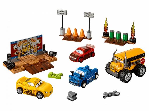 Конструктор игровой LEGO Juniors «Сумасшедшая восьмерка»