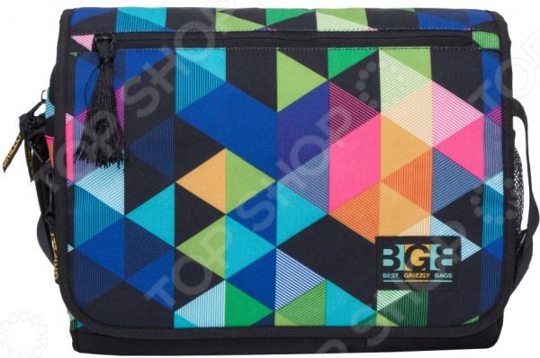 Сумка молодежная Grizzly MD-855-6 Геометрия самый популярный в этом сезоне аксессуар,который кроме практической ценности поможет добавить изюминку в ваш стиль. Эта модная вещь подойдет для учебы, прогулок и поездок.  Функциональные особенности:  1 отделение;  клапан на липучках с карманом на молнии;  объемный передний карман на молнии;  внутренний карман для ноутбука планшета;  внутренний карман на молнии;  регулируемый плечевой ремень;  брелок-игрушка.