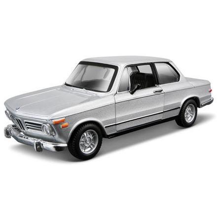 Купить Модель автомобиля 1:32 Bburago BMW 2002 tii