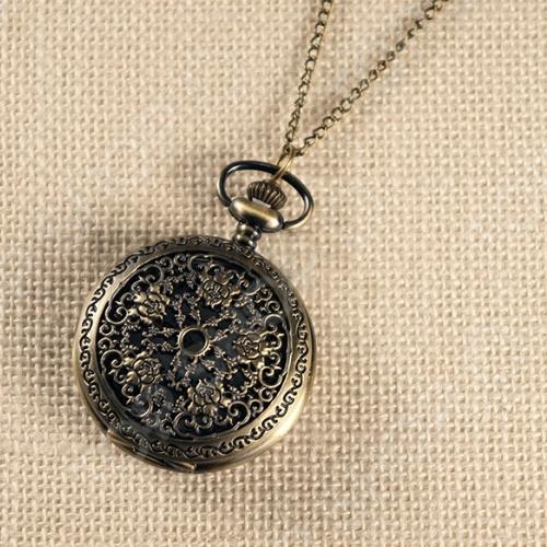 Кулон-часы Mitya Veselkov «Герб пяти роз»