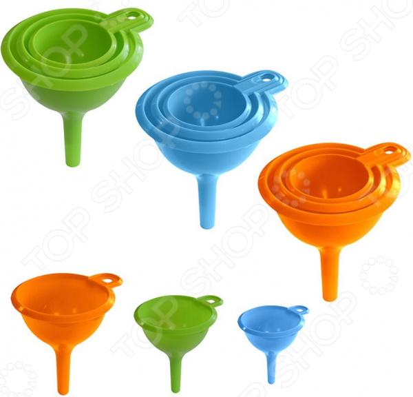 Товар продается в ассортименте. Цвет товара при комплектации заказа зависит от наличия товарного ассортимента на складе. Набор воронок Мультидом Эконом MS80-182 приспособления, предназначенные для комфортного переливания как холодных, так и горячих жидкостей. Благодаря тому, что воронки выполнены из пищевого пластика, они не влияют на вкус и запах жидкостей. В наборе 3 воронки с диаметрами 5,5 см, 7,5 см, 9,0 см, которые подходит для различных емкостей. Они легко складываются друг в друга, занимая мало место при хранении. Благодаря тонкому носику, их можно использовать для жидкого теста при приготовлении ажурных блинчиков и оладий, а также в качестве декоратора при украшении выпечки кремом или глазурью. При желании изделие можно использовать для пересыпания сыпучих продуктов, например, соли, приправ, мелких круп. Изделие выполнено из полимерных материалов полмпропилен , которые отличаются своей практичностью и прекрасными эксплуатационными характеристиками:  Не впитывают посторонние запахи.  Не влияют на вкус и аромат продуктов.  Не требует особого ухода.  Долговечна при аккуратном обращении. При мытье не рекомендуется использовать абразивные порошки.
