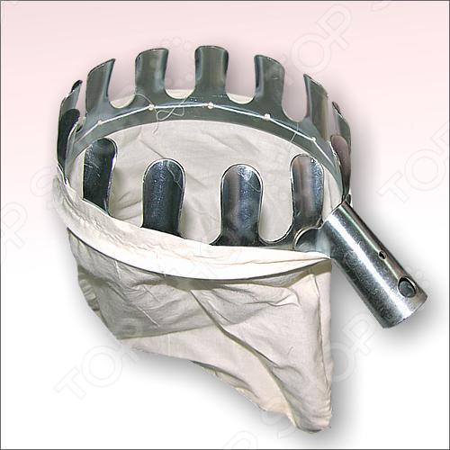 Плодосборник Мультидом J83 специальный мешок с креплением под черенок, предназначен для сбора плодов, которые растут высоко. Плодосборник значительно облегчит процесс сбора фруктов с садов и ускорит процесс, предохраняя плоды от повреждений, неизбежных при падении. Каркас сделан из стали, мешок для плодов-из льна. Мешок-сумка имеет хорошую прочность, которая вмещает большое количество собранных плодов.  Позволяет удобно собирать фрукты с веток.  Предмет можно компактно хранить и переносить.  Качественный материал гарантирует хорошую износостойкость.