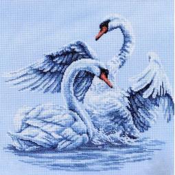 Набор для вышивания крестиком RTO «Лебединая верность»