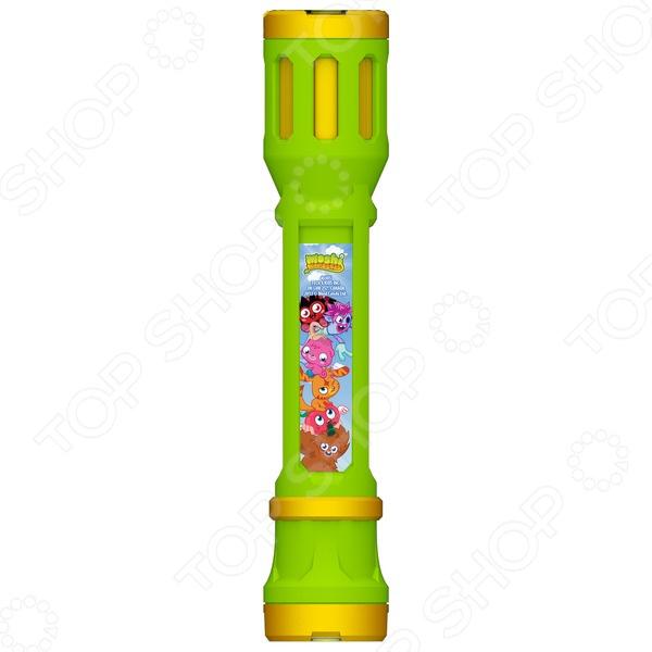 Фонарик-проектор Tech 4 Kids Moshi Monster предназначен для таких маленьких, но уже таких любознательных малышей. Как и любым другим фонарем, им можно освещать себе дорогу в темное время суток или искать игрушки под диваном. Также представленная модель оснащена сменными насадками, которые позволяют проецировать изображения героев любимой игры на любую поверхность. Для того, чтобы ни одна насадка не потерялась, в нижней части изделия имеется специальный накопитель. Если же установить фонарь вертикально, то его можно использовать в качестве настольной лампы. В качестве источников света выступают мощные светодиоды. Не упустите шанс порадовать ребенка замечательным подарком!