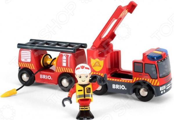 Машинка со светозвуковыми эффектами Brio «Пожарная» игрушка brio 33306