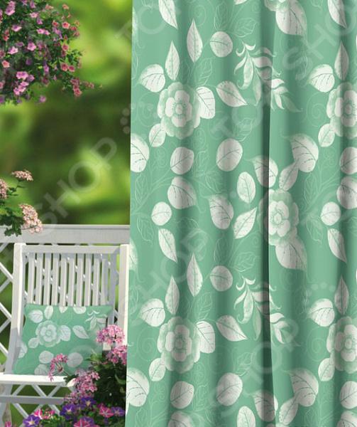 Домашний текстиль, в частности, шторы и гардины важная составляющая любого интерьера, ведь именно они делают помещение более уютным. Но как и любой другой элемент декора, шторы способны как подчеркнуть положительные стороны выбранного стиля интерьера, так и нарушить сложившуюся стилистическую и визуальную гармонию в вашем доме. С умом подобранные шторы способны преобразить вашу комнату, сделать её более светлой или уединенной, яркой или более спокойной, визуально больше или уютней. Обновить интерьер теперь просто! Штора блэкаут Волшебная ночь Ollin это идеальный вариант для вашей гостиной, спальни, гостевой. Прочная, плотная и качественная штора не только стильно оформит оконное пространство, но и позволит правильно расставить акценты в интерьере, скрыть небольшие недостатки в отделке. Особенность данной модели заключается в стильном, современном принте и насыщенной цветовой гамме. Такие шторы одинаково понравится ценителям классики и тем, кто следит за модными тенденциями!  Главная особенность и достоинство этой шторы заключается в материале, из которого она выполнена. Блэкаут это плотная, прочная и удивительно износостойкая ткань, которая обладает рядом достоинств:  светонепроницаемая, поэтому вы сможете легко регулировать степень освещенности в комнате;  этот приятный на ощупь материал прост в уходе, устойчив к загрязнениям и хорошо сохраняет тепло;  сохраняет свой первоначальный внешний вид после многочисленных стирок, не линяя и не теряя насыщенность, яркость цветов;  не накапливает статического электричества, поэтому не притягивает пыль.  за счет многослойной структуры надежно защищает от сквозняков.  Четыре ткани, четыре стиля, четыре степени Штора блэкаут Волшебная ночь Ollin легко сочетается с другими изделиями из коллекции Волшебная ночь . Вы сможете дополнить и подобрать свою идеальную композицию, используя шторы из других тканей: сатена, габардина или вуали. Каждый тип ткани имеет свою степень светонепроницаемости от отсутствия затемнения до полной защит
