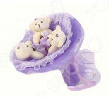 Букет из мягких игрушек Toy Bouquet Медвежата M303 это не только прекрасная альтернатива традиционному цветочному букету, но и отличная возможность сделать любимому человеку оригинальный и запоминающийся подарок. Он отлично подойдет в качестве сувенирного подарка маме, подруге или любимой девушке. Букет выполнен в нежно-фиолетовых тонах и украшен оборками и фигурками очаровательных плюшевых медвежат.