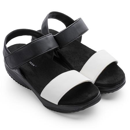 Купить Сандалии дышащие женские Walkmaxx 3.0. Цвет: черный, белый