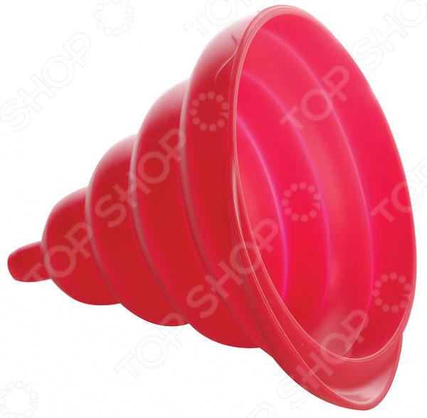 Воронка складная Regent Silicone уникальное приспособление, предназначенное для комфортного переливания, как холодных, так и горячих жидкостей. Благодаря тому, что воронка выполнен из пищевого силикона, она не влияет на вкус, запах пищевых продуктов. Воронка имеет уникальную конструкцию, которая подходит для емкостей с различным диаметром горлышка. Она легко складывается и занимает мало место при хранении. При желании изделие можно использовать для пересыпания сыпучих продуктов, например, соли, приправ, мелких круп.