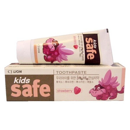 Купить Зубная паста детская CJ Lion Kids Safe «Клубника»