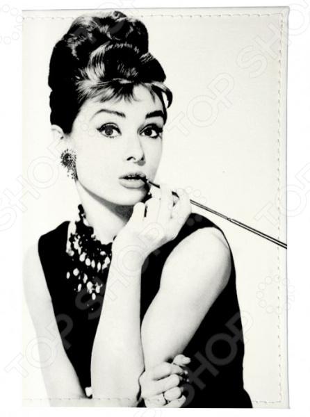 Обложка для паспорта кожаная Mitya Veselkov «Одри курит» обложка для автодокументов кожаная mitya veselkov одри в черном платье