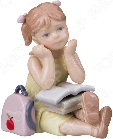 Статуэтка Lefard «Девочка с книгой»