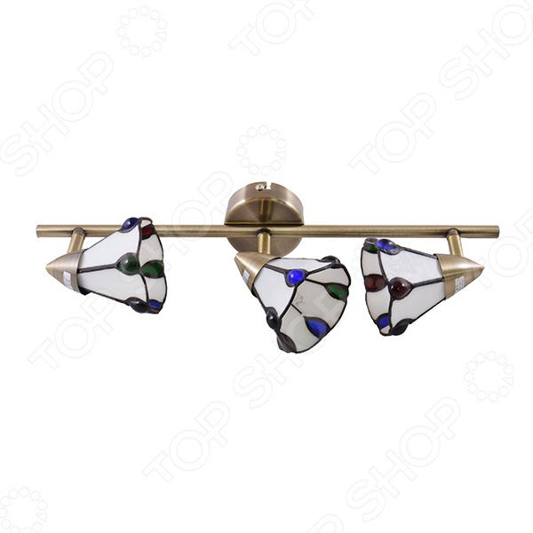Светильник настенно-потолочный Rivoli Garrison-W C-3 это светильник, способный служить как дополнительным, так и основным источником света в небольшой комнате . Потолочный светильник подходит для комнаты с низким потолком, поскольку занимает совсем немного места. Дизайн светильника это важный акцент интерьера. Вместе с бра или подсветкой он создает интересный световой ансамбль, преображающий комнату. Два варианта установки: настенное или потолочное.