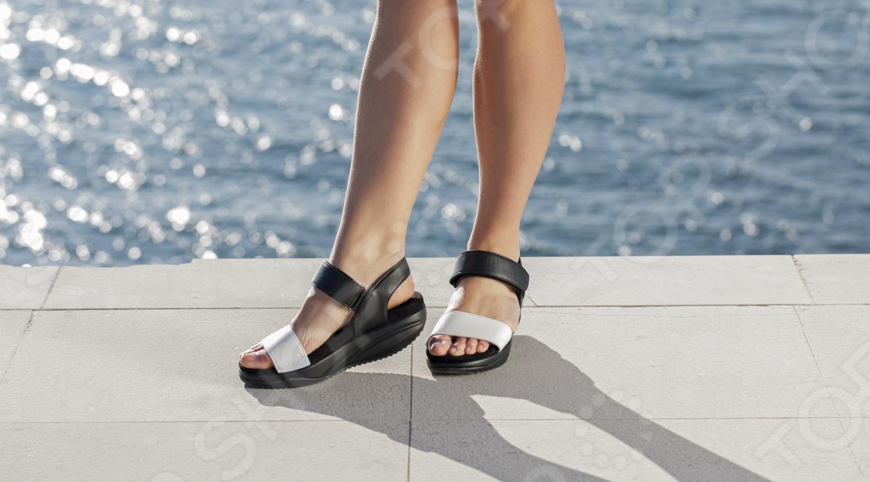 Сандалии дышащие женские Walkmaxx 3.0. Цвет: черный, белый 3