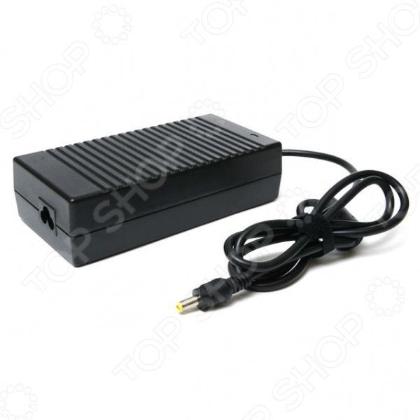 Адаптер питания для ноутбука Pitatel AD-007 для ноутбуков Acer 19V 7.1A незаменимый аксессуар для любого владельца ноутбука. Каждый обладатель этого девайса сталкивается с ежедневной необходимостью зарядки аккумуляторной батареи. Однако, как быть в ситуации, когда оригинальная зарядка вышла из строя или потерялась Адаптер питания Pitatel предназначен для зарядки и питания аккумуляторной батареи ноутбуков Acer от сети переменного тока. Устройство не просто подает ток, а преобразует напряжение сети из 110-240 В в необходимые для вашего ПК 19 В. Сетевой адаптер обеспечивает надежную защиту ноутбука от скачков напряжения сети, за счет чего продлевает срок его службы.  Основные особенности устройства  Адаптер выполнен из прочного и качественного пластика, благодаря чему отличается небольшим весом.  Удобная и практичная конструкция обеспечивает безопасность удобство в использовании.  Надежная встроенная защита делает устройство устойчивым к перепадам напряжения в электросети.  Диапазон входного рабочего напряжения составляет от 110 В до 240 В, что делает адаптер практически универсальным.  Обеспечивает глубокую и эффективную зарядку аккумуляторной батареи ноутбука.  Тип разъема 5,5х2,5 мм. Данная модель адаптера питания является аналогом блоков питания моделей AP.13503.001, AP.13503.002, 308745-001, 309241-001, 310925-001, 316688-001, 317188-001, 316687-002, 344895-001, 346958-001, 350221-001, PA-1131-08H, 345312-001, 346958-001, 361072-001, 361072-061, DR912A ABA, DR910A. В комплекте идет блок питания и сетевой кабель.