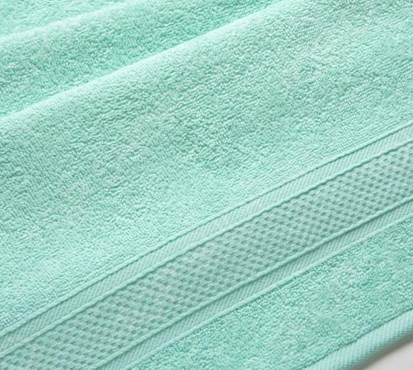 Полотенце махровое Uztex с бордюром. Цвет: мятный