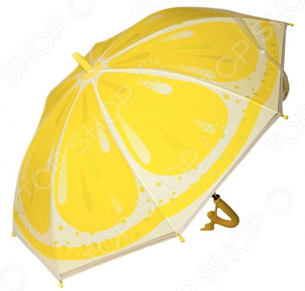 Зонт-трость детский Mitya Veselkov ZONT-LEMON это стильный и модный аксессуар для вашего ребенка. Его яркий купол надежно защитит малыша от непогоды. Ни проливной дождь, ни сильный ветер теперь страшны, ведь купол прекрасно закреплен на каркасе. Изогнутая форма ручки позволяет крепко держать зонт в руках. На рукояти также есть маленький сюрприз в виде свистка. В целях безопасности, концы спиц закрыты пластиковыми шариками. Простоту складывания обеспечивает полуавтоматическая система. Диаметр купола составляет 88 см.