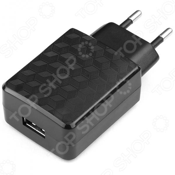 Адаптер питания для сетевого оборудования Cablexpert MP3A-PC-04 незаменимый аксессуар для любого владельца современных гаджетов, например, смартфона, планшета, электронной книги. Каждый обладатель этих девайсов сталкивается с ежедневной необходимостью зарядки аккумуляторной батареи. Однако, как быть в ситуации, когда оригинальная зарядка вышла из строя или потерялась  Адаптер питания с USB-разъемом предназначен для подзарядки устройств от сети переменного тока. Устройство не просто подает ток, а преобразует напряжение сети из 100-220 В в необходимые для ваших устройств 5 В. Сетевой адаптер обеспечивает надежную защиту устройств от скачков напряжения сети, за счет чего продлевает срок их службы.  Основные особенности устройства  Адаптер выполнен из прочного и качественного пластика, благодаря чему отличается небольшим весом.  Удобная и практичная конструкция обеспечивает безопасность удобство в использовании.  Надежная встроенная защита делает устройство устойчивым к перепадам напряжения в электросети.  Диапазон входного рабочего напряжения составляет от 100 В до 220 В, что делает адаптер практически универсальным.  Обеспечивает глубокую и эффективную зарядку устройств.  Адаптер питания для сетевого оборудования Cablexpert MP3A-PC-04 станет прекрасно альтернативой оригинальным адаптерам для устройств различных моделей и брендов.