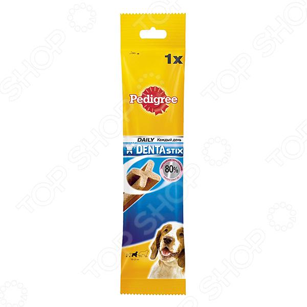 Пластинки для снятия зубного камня у собак средних пород Pedigree Denta Stix Daily Medium просто незаменимы. Часто у собак возникают проблемы с полостью рта, что является последствием неправильного ухода, недостатка витаминов или потребления вредной пищи. В таких случаях лучше всего использовать лакомство Pedigree это совмещение отличного вкуса и пользы для здоровья. Пластинки необходимо применять и в профилактических целях. Доказано, что их ежедневное использование снижает уровень образования зубного камня до 80 , предотвращает риск развития заболеваний полости рта.