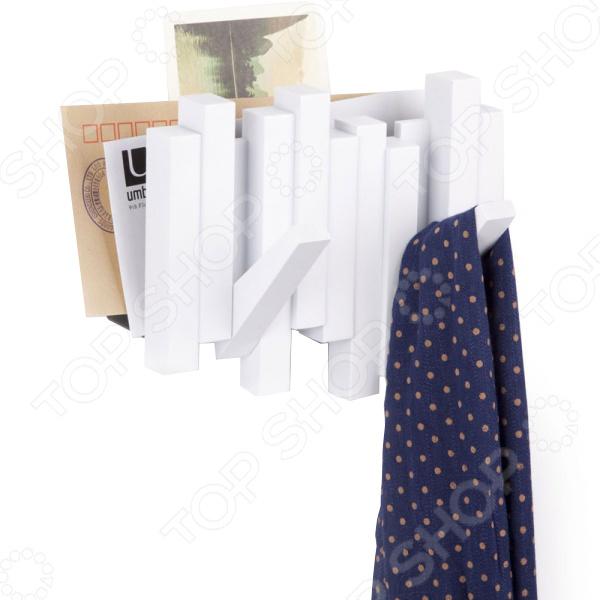 Газетница-вешалка Umbra Sticks занимает мало места в прихожей и сочетает в себе функции газетницы и вешалки. У нее есть два крючка, которые при необходимости складываются. Каждый крючок выдерживает до 2,3 кг, поэтому на них можно вешать головные уборы, вешалки и даже сумки. Umbra это компания, которая уже более 30 лет занимается производством оригинальных домашних аксессуаров. Сегодня Umbra признана в 118 странах мира, в том числе и в России, одним из лидеров в области оригинального, доступного и простого современного дизайна для дома и интерьера. Umbra создает и производит уникальные вещи превосходного качества для оформления интерьера гостиных, спален, кухонь и ванных комнат.