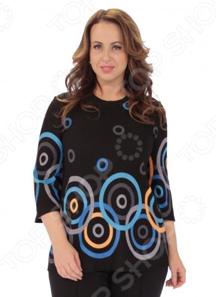 Блуза Элеганс Пузырьки лимонада незаменимая вещь в гардеробе модницы. Подойдет для женщин практически любой комплекции, ведь особенности кроя и оригинальный узор помогают скрыть недостатки и подчеркнуть достоинства фигуры. Эта блуза отлично подойдет для повседневного использования.  Классическая блуза с оригинальным узором.  Круглый вырез горловины подчеркивает красоту вашей шеи.  Удобные рукава 3 4 подходят для женщин с любой полнотой рук.  Швы обработаны текстурированными эластичными нитями, поэтому не тянутся и не натирают кожу. Блуза сшита из ткани, состоящей на 97 из полиэстера с незначительным добавлением эластана. Материал довольно прочный, выдерживает многократные стирки, при этом не линяет и не мнется. Эта вещь будет радовать вас своим видом долгое время.