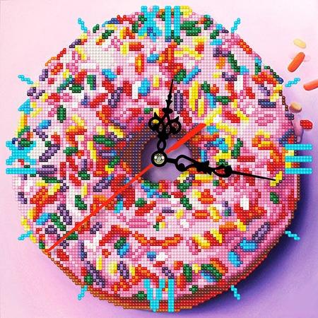 Купить Часы из алмазной мозаики Color Kit «Сладкое искушение»