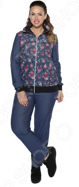 Костюм-тройка Алтекс Райский отдых поможет вам создавать невероятные образы, всегда оставаясь женственной и утонченной. Грамотный крой и цвет скрывают недостатки фигуры и подчеркивают достоинства. В этом костюме вы будете чувствовать себя дома или во время занятий спортом так же блистательно, как на вечеринке!  Модель с отложным воротником-стойкой.  Длинные рукава на манжете.  Свободный крой.  Уникальная модель, доступная только в телемагазине Top Shop .  Произведено в России. Костюм сшит из приятной ткани, состоящей на 95 из хлопка и на 5 из эластана. Материал не линяет, не скатывается, формы от стирки не теряет.