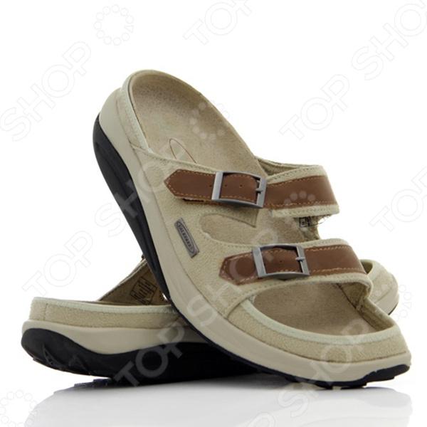 Каждый человек знает, что лето это время носить комфортную, легкую обувь. Хочется выбрать лучшую модель, но разнообразие вариантов порой приводит в растерянность. Приобретите слиперы пробковые Walkmaxx и не ошибетесь. Вот причины, по которым слиперы Walkmaxx ваш лучший выбор на лето: Легкость и удобство В слиперах Walkmaxx ноги проветриваются и не потеют. Контурные стельки выполнены из смеси пробки и резины, а их поверхность покрыта бархатной прокладкой из микрофибры, благодаря чему каждое прикосновение к шлепанцам становится приятным. Удобный фасон позволяет переобуться за секунды. Забота о ваших ногах Стельки подстраиваются под индивидуальную форму вашей стопы, обеспечивая невероятное удобство, как будто вы идете в давно знакомой и испытанной обуви. Пористая структура стелек поддерживает постоянную циркуляцию воздуха, не впитывает влагу и предохраняет от появления неприятного запаха. Ваши ноги надежно защищены от ударов, инфекций и деформаций. Максимум пользы от каждого шага Оригинальная округлая подошва Walkmaxx сделает ваши прогулки полезными для здоровья. Она создает эффект ходьбы по песку, когда стопа медленно перекатывается вперед и назад, поэтому циркуляция крови улучшается и прорабатываются все мышцы от пяток до кончиков пальцев. Это поможет вам выработать правильную походку и оптимально перераспределить вес тела, что сохранит ваши силы во время долгих прогулок. Ходить с прямой спиной становится проще, благодаря чему корректируется осанка. Из-за волнообразного колебания стопы мышцы тела непроизвольно напрягаются, чтобы сохранить равновесие. Поэтому без сознательных усилий с вашей стороны мышечный тонус улучшается, а нежелательный вес уменьшается.