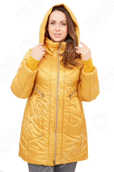 Куртка D imma Пилар создана с учетом всех особенностей женской фигуры. Она идеально подойдет для женщин любого возраста и комплекции. Продуманный дизайн изделия позволяет скрыть недостатки и подчеркнуть достоинства фигуры.  Модная куртка с фасоном, напоминающим укороченное пальто.  Предусмотрен удобный капюшон.  Вертикальный орнамент, образуемый рельефными строчками на полочке и спинке изделия, визуально стройнят фигуру.  Центральная застежка на молнию.  Вшивной рукав.  Модель дополняют карманы на молниях.  На фотографии куртка представлена в сочетании со Slim Jeggings. В качестве утеплителя используется материал файбертек плотностью 200 гр м, обеспечивающий комфорт даже в морозную погоду вплоть до -25 C .