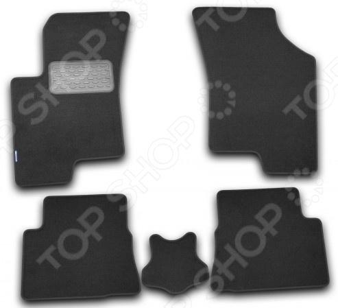 Комплект ковриков в салон автомобиля Novline-Autofamily Hyundai Elantra 2011. Цвет: черный комплект чехлов на весь салон seintex 86126 для hyundai i30 2011 black