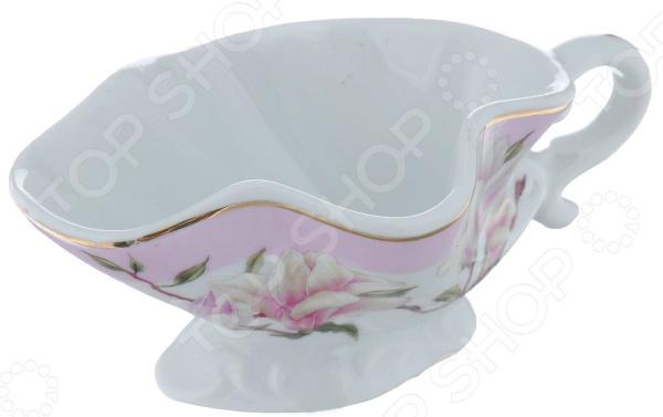 Соусник Elan Gallery Орхидея на розовом красочная посуда, которая внесет разнообразие в сервировку кухонных принадлежностей. Посуда предназначена для хранения соусов, конструкция предотвращает вытекание за границы, при этом, предоставляя возможность с легкостью полить блюдо во время обеда. Материал абсолютно безопасен и не вступает в реакцию с продуктами, а так же не влияет на запах и вкус.