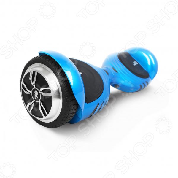 Решили сменить привычный скейтборд или роликовые коньки на что-нибудь более современное и оригинальное Тогда гироскутер Hoverbot A-17 Premium идеальный выбор для вас. Это удивительное средство передвижения функционирует на основа электро мотора, а его платформа всегда поддерживается в уравновешенном положении за счет принципа динамической балансировки. Эта оригинальная доска свободно перемещается в любых направлениях, осуществляет развороты, не заваливаясь при этом набок.  Гироскутер A-17 Premium от Hoverbot стильная современная модель, оснащенная мощным мотором и колесами диаметром 6,5 . Подходит для езды по ровной асфальтовой дороге. Его прочная рама способна выдерживать до 100 кг нагрузки. Другая отличительная черта этой модели заключается в комнатных размерах, что позволяет устройство брать с собой куда угодно. Яркий и красочный дизайн привлекает внимание.  Отличный выбор для новичков! Особенность этой модели гироскутера заключается в встроенном самобалансе. За счет автоматического выравнивания, на устройство легко вставать. Обучение катанию проходит легко и быстро! Кроме того, с этой практичной функции устройство не будет переворачиваться и катиться от вас во время остановки. За счет нескользящих педалей, обувь не скользит и риск упасть с гироскутера сводится к нулю.  Почему именно эта модель  Устройство предусматривает подключение к смартфону используя Bluetooth-передатчики.  Предусмотрена возможность воспроизведения аудиофайлов через Bluetooth.  Оснащен необычными фарами.  Компактные размеры делают устройство очень мобильным и комфортным в переноске.  Безопасная езда за счет педалей, покрытых нескользящим материалом.  Встроенный литиумный аккумулятор, время заряда которого составляет всего 2 часа.   Гироскутер Hoverbot A-17 Premium настоящая находка для тех, кто любит яркие и запоминающиеся прогулки!