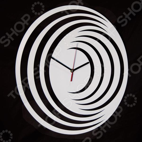 Часы настенные MEVOCLOCK «Иллюзия» Э001
