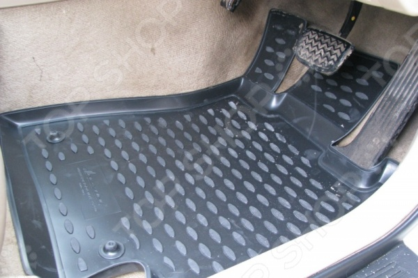 Комплект ковриков в салон автомобиля Novline-Autofamily Toyota Mark 2 GX110 2000-2004