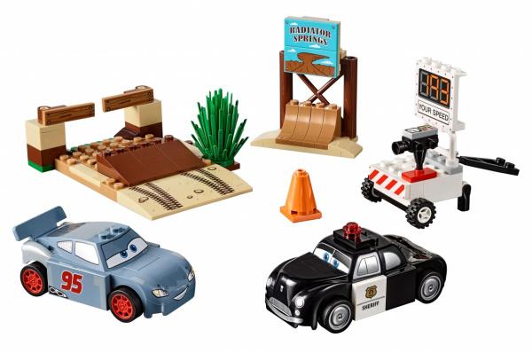 Конструктор игровой LEGO Juniors «Тренировочный полигон Вилли Бутта»