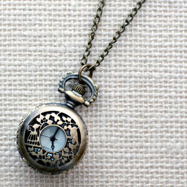 Кулон-часы Mitya Veselkov «Листочки и птичка»