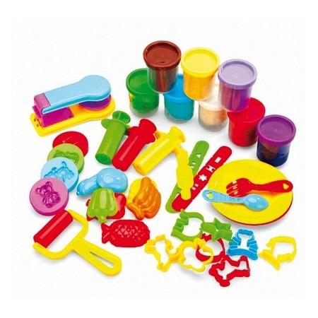 Купить Набор для лепки: пластилин, формочки и штампы Bradex «Креативный пластилин»