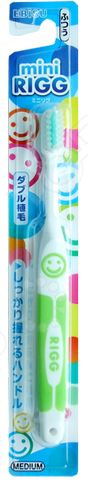 Зубная щетка детская Ebisu с комбинированным ворсом и прорезиненной ручкой