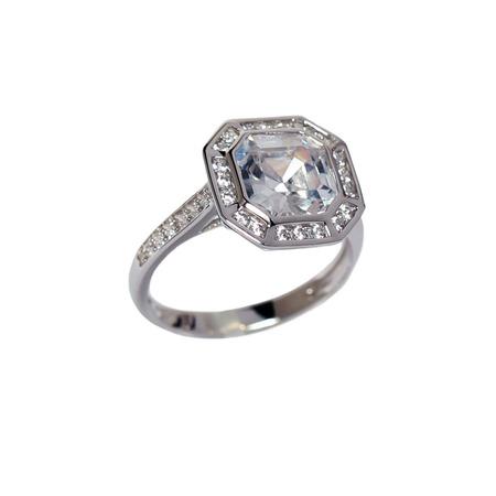 Купить Серебряное кольцо с фианитом Andreana «Арт-Деко»