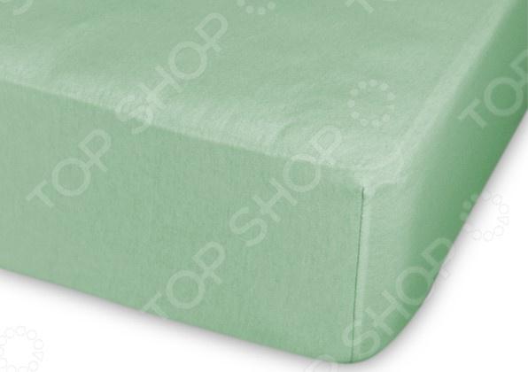 Простыня трикотажная на резинке Cleo гладкокрашеная. Цвет: светло-зеленый простыня на резинке cleo 160х200 см cl