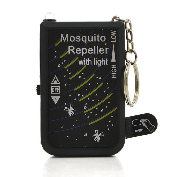 фото Брелок-отпугиватель комаров