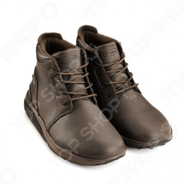 Ботинки демисезонные Walkmaxx Ankle boots это обувь на все случаи жизни! Универсальные удобные демисезонные ботинки на каждый день созданы специально для тех, кто ценит комфорт и высокое качество. Они подарят не только ощущение стиля, но и комфорт в долгих прогулках. Весна, осень и даже ранняя зима не повод отказываться от удобства в одежде и обуви. Поэтому ботинки Walkmaxx Ankle boots сделаны из материалов высокого качества и подстраиваются под вкусы покупателя полнота ноги регулируется шнуровкой, элегантные цвета подходят к любому костюму, а выдержанный, благородный дизайн станет оптимальным выбором для всех поколений. Более 4 миллионов покупателей доверяют бренду Walkmaxx и его неизменному качеству! Испытайте все его преимущества, и ботинки Ankle boots станут избранной обувью в вашем гардеробе! Всегда в отличной форме! Наступление холодов не повод забывать о здоровом образе жизни. Но не волнуйтесь: чтобы оставаться спортивным в межсезонье, не обязательно сражаться с дождем и ветром на пробежке. Демисезонные ботинки Walkmaxx Ankle boots помогут вам улучшить тонус мышц и убрать лишний вес, пока вы занимаетесь своими обычными делами: по пути на работу или в магазин. Весь секрет в оригинальной округлой подошве Walkmaxx. Она имитирует эффект ходьбы по песку, самый естественный и полезный для человека. Стопа в ботинках Walkmaxx перекатывается с пятки на носок, усиливается циркуляция крови. Нагрузка перераспределяется с суставов на мышцы. Без сознательных усилий с вашей стороны ботинки Walkmaxx помогают вам:  Улучшать осанку, предотвращать боли в спине и суставах.  Перераспределить напряжение с суставов на мышцы.  Улучшать тонус и укреплять мышцы бедер, ягодиц, икр.  Сжигать больше калорий и терять вес быстрее. Качество в деталях Дизайн и концепция ботинок Walkmaxx Ankle boots разработаны в Германии. Европейское качество находит свое отражение в продуманных деталях для максимального комфорта в течение всего дня. Поверхность ботинок изготовлена из качественного полиурета