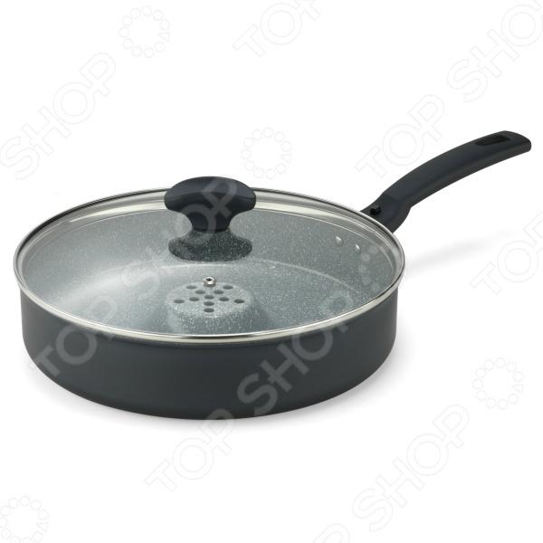 Сковорода-жаровня Delimano Delicia Prima Dry Cooker диаметром 26 см с керамическим покрытием отличается уникальными свойствами, новой формой, а также тем, что ее можно эксплуатировать в духовке! Идеально подходит для приготовления пищи методом сухого жарения , запекания, обжаривания, тушения, приготовления на пару. На эту посуду нанесено самое лучшее керамическое покрытие из представленных на рынке Ceramica Forte. Более 2 миллионов покупателей уже оценили ее преимущества! Секрет сковороды-жаровни заключается в технологии Thermowell термокарман : воздух поступает внутрь через отверстие в центре сковороды, приготовление идет под воздействием горячего сухого воздуха. Благодаря этому вы можете готовить пищу, добавив лишь несколько капелек масла, да еще экономя энергоресурсы. Приготовленная пища сочная и вкусная, в ней сохраняются все питательные вещества.  Delimano Ceramica Delicia с покрытием под камень это инновационная серия кастрюль и сковородок. Новинка отличается современным дизайном, наружное покрытие силиконовая эмаль синего цвета, внутреннее покрытие керамическое покрытие синего цвета с эффектом под камень . При изготовлении сковороды использовались высококачественные материалы: основание из литого алюминия, на которое нанесено экологически чистое и прочное силиконовое керамическое покрытие Delimano CeramicaForte с эффектом натурального камня. Предусмотрена удобная съемная ручка синего цвета. Это уникальная итальянская продукция, в ней можно готовить пищу без добавления масла, пища не прилипает к покрытию. На данный момент у этого очень прочного покрытия, устойчивого к появлению царапин, аналогов на рынке нет! Степень антипригарности в 3 раза выше, устойчивость к царапинам в 2 раза выше, покрытие в 2 раза долговечнее, чем у любой другой посуды с керамическим покрытием, представленной на рынке! Керамическое покрытие не содержит ПТФЭ, обладает свойствами, благодаря которым посуду легко мыть. Это натуральный, экологически чистый материал. Уникальные свойства сково