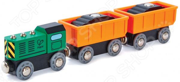 Игровой набор: тепловоз и вагоны Hape «Дизельный товарный поезд»