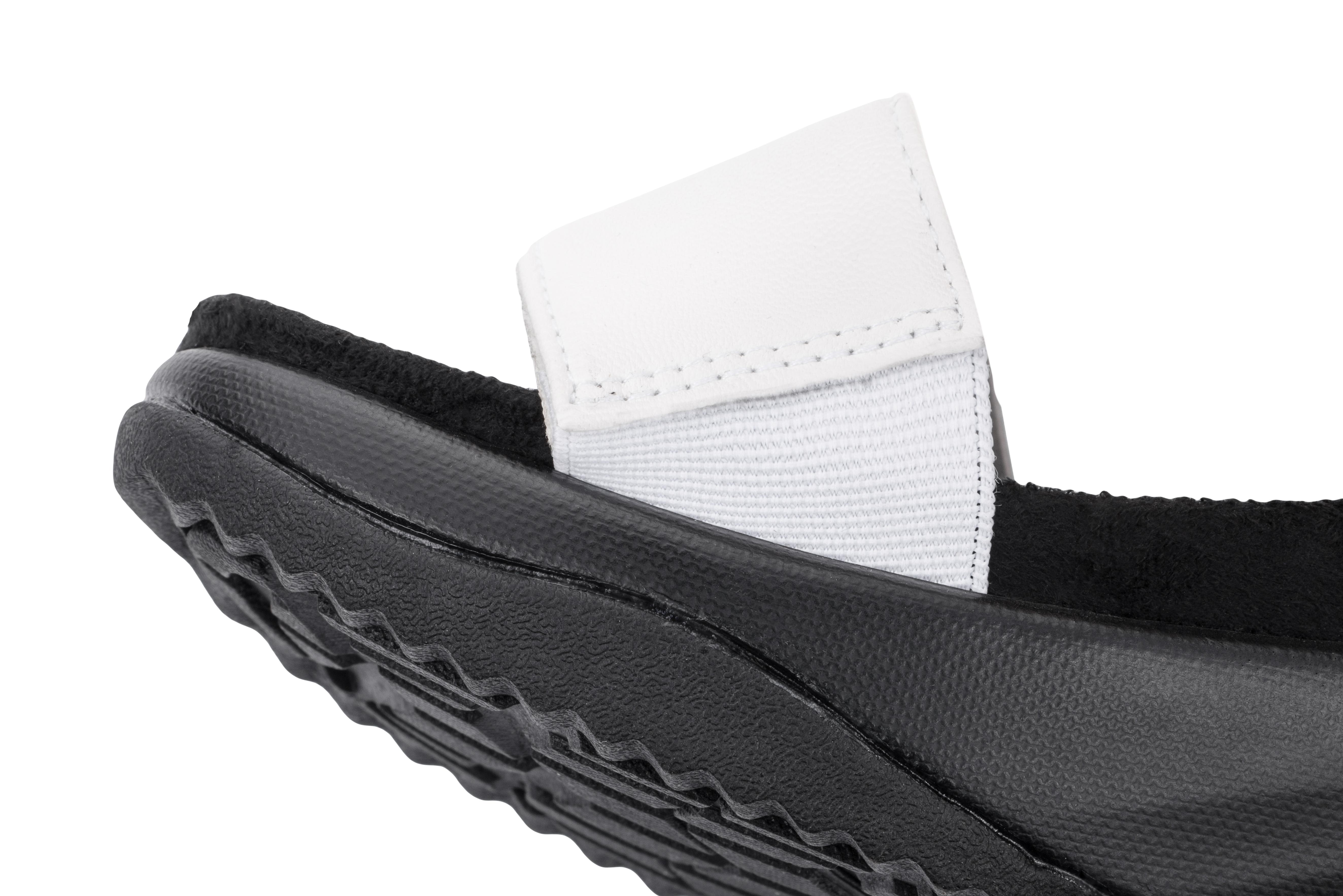 Сандалии дышащие женские Walkmaxx 3.0. Цвет: черный, белый 2